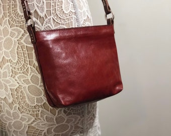 Small Cherry red bag
