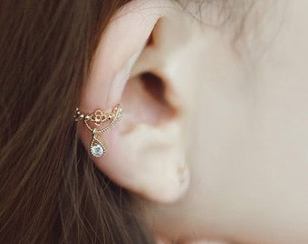 Elegant Ear Cuffs - Silver Colors– Gold Colors – Intricate Design – Tiny - Wedding Jewelry - E060