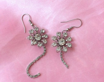 Diamante rhinestone vintage flower earrings