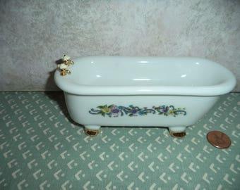 1:12 scale Dollhouse Miniature Claw foot Bath Tub