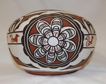 Zuni : Native American Zuni Pottery Bowl, by Claudine Haloo #143