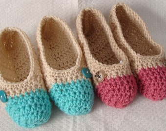 Crochet Slippers Womens  Two Tone Flats Natural and Pink