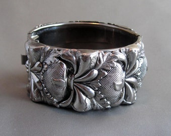 Vintage Chunky Repousse Floral Antiqued Silver Tone - Marked Vargas
