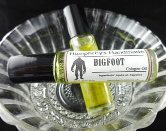BIGFOOT Cologne Oil, Men's Roll On Cologne, Oakmoss Sandalwood Fragrance Oil, Bpa Free Glass Bottle, Moisturizing Jojoba Oil