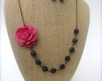 Pink and Black Necklace Beaded Flower Necklace Black Jewelry Bridesmaid Gift Pink Necklace Wedding Jewelry
