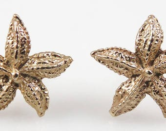 Pair 14K Yellow Gold Realistic Form Starfish Nautical Earrings