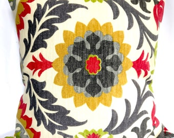 SALE OUTDOOR Pillow covers Beige gray red Pillow cases,  green pillow, Floral Pillows, Decorative Pillows 20x20, 18x18, 16X16, 14x14, 12x12
