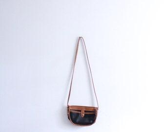 Simple 90s Leather Crossbody Bag