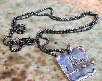Je t'aime pendant, Minimalist necklace, Layering Necklace, Hand stamped necklace, message necklace, personalised pendant - Darling N2064
