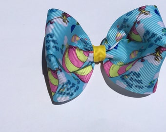 "4"" Jojo Dr. Seuss hair bow, hair clip, boutique hair bow, pig tail bows, dainty bow, girls toddler bow, twisted bow"