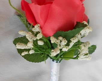 Set of 6 boutonniers red black and white roses we have other colors
