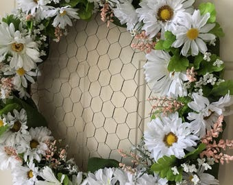 Happy Daisy Chain Wreath