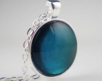 Peacock Teal Blue Green Nail Polish Necklace Jewelry China Glaze Deviantly Daring Nail Polish