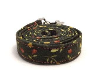 Green dog leash - Floral pet lead - Dark green dog leash - Green Flowerfield dog leash