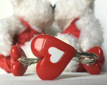 Red and white heart bead bangle bracelet