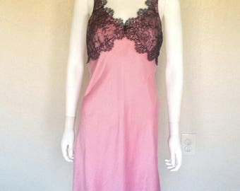 90s pink silk slip w black lace trim
