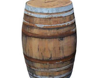 tonneau de 225l de vin comme un pluie baril rustique - fûts de chêne massifs comme un baril de pluie