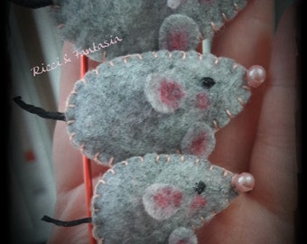 Fermasciarpa brooch with 4 felt mice and Pannolenci