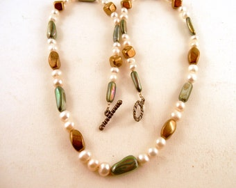 Freash water Pearls Perl Shell Czech glass necklace length 20 inches