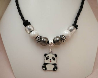 Necklace charms child, black and white, with Panda ref 935