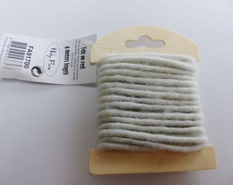 4 meters of thread cord 5mm beige felt wool felt