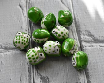 Green Ceramic Owl Beads - Cute Nature Beads- Owl Bird Painted Bead - Cermaic Owl Jewelry Supply- pack of 10
