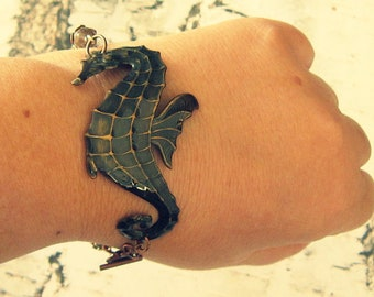 Sea Life Bracelet, Sea Life Jewelry, Seahorse Cuff Bracelet, Seahorse Bracelet, Seahorse Jewelry, Seahorse Gifts, Marine Life Jewelry