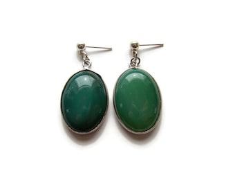 Green Stone Oval Earrings