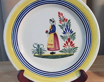 """Chippy Henriot Quimper 9"""" Plate Handpainted Faience Pottery Le Petit Breton Made in France. Fair Cond."""