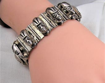 Vintage Mexican Sterling Silver Aztec Face Panel Bracelet Marked 925, Silver, and Mexico. 7 1/2 Inches Long by Almost an Inch Wide. (D27)