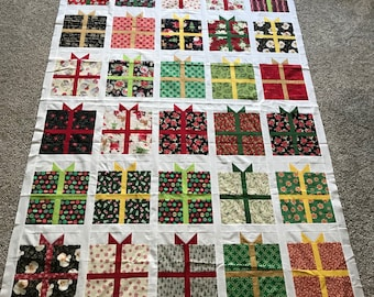 Quilt Top : Christmas Presents