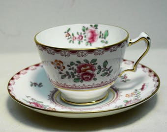 VINTAGE CROWN STAFFORDSHIRE Fine Bone China Footed Tea cup and Saucer
