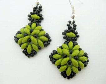 Beaded Earrings / Superduo Earrings / Seed Bead Earrings in Olive Jade and Black / Sterling Silver Earrings / Beadwoven Earrings