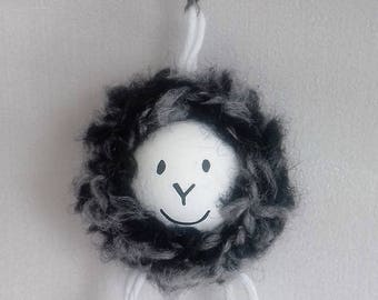 Sheep black and white, mounted on hook clasp