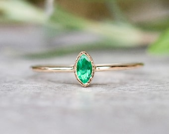 Marquise emerald ring in 14k gold, emerald engagement ring, green gemstone ring, unique engagement, dainty emerald ring