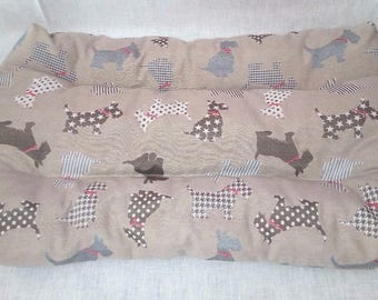 Bed made of great jacquard fabric handmade Scottish terrier Beige Brown Red grey