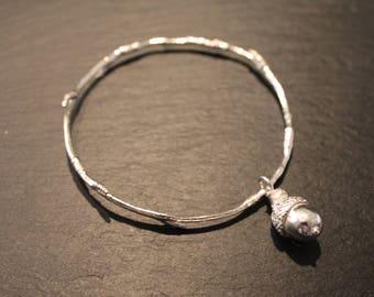Sterling Silver Acorn Charm Bangle, 925 Branch Bracelet, Elven Jewelry, Twig bangle, Woodland Jewellery, Botanical Jewelry, Nature Elvish