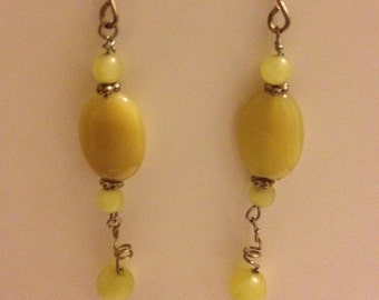 yellow stone dangling earrings