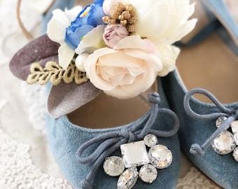 Medium S p r i n g  V i n t a g e  flower crown - soft pinks and cornflower blue