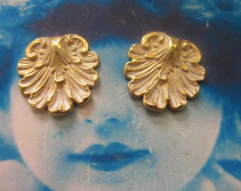Gold Plated Frosted White Patina Brass Shell Stampings 2237WHT  x2
