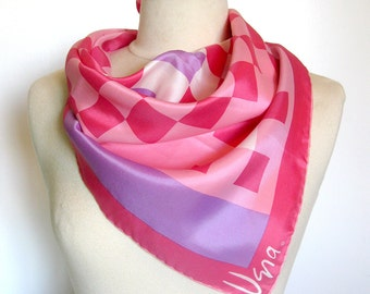 Vintage VERA Scarf - Checkered Pattern in Salmon, Pink, Violet and White - Hand Rolled Hem - Square Scarf