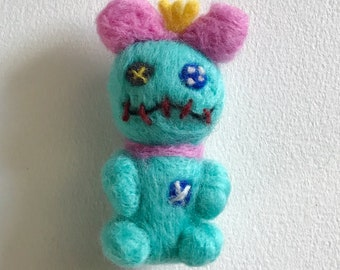 Needle Felted Lilo and Stitch Scrump