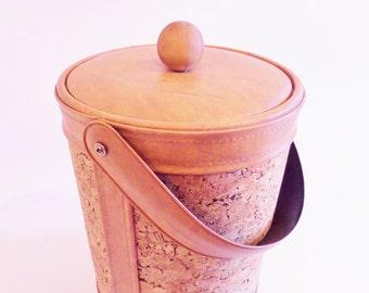 Mid Century Insulated Cork Ice Bucket - Retro 1970s Barware - Vinyl and Cork