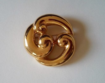 Vintage Abstract Modernist Polished Gold Tone Metal Brooch Pin by Monet