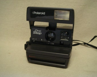Polaroid 600 One Step Close Up Instant Camera Tested and Working