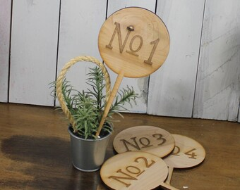 Table Numbers/Stakes/Wood/Wedding Sign/Event/Rustic/Summer/Fall Wedding/Rustic/Circle Shape