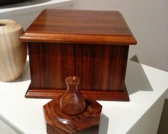 Peruvian Rosewood Jewelry/Keepsake/Decorative Box