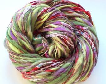 TULIP FESTIVAL Soft Handspun Yarn, Merino Yarn, Silk Yarn, Bamboo Yarn, Single-Ply Yarn, Thick and Thin Yarn, Knit, Art Yarn, Weaving Yarn
