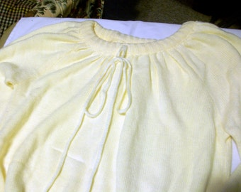 Vintage Tunic Sweater in a soft Butter Cream circa 1960  bx10  82684689