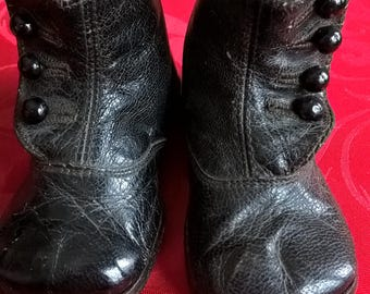 Antique Victorian Baby Shoes - Authentic!  Leather Baby Boots from 1890s England. Excellent Condition For Their Age!